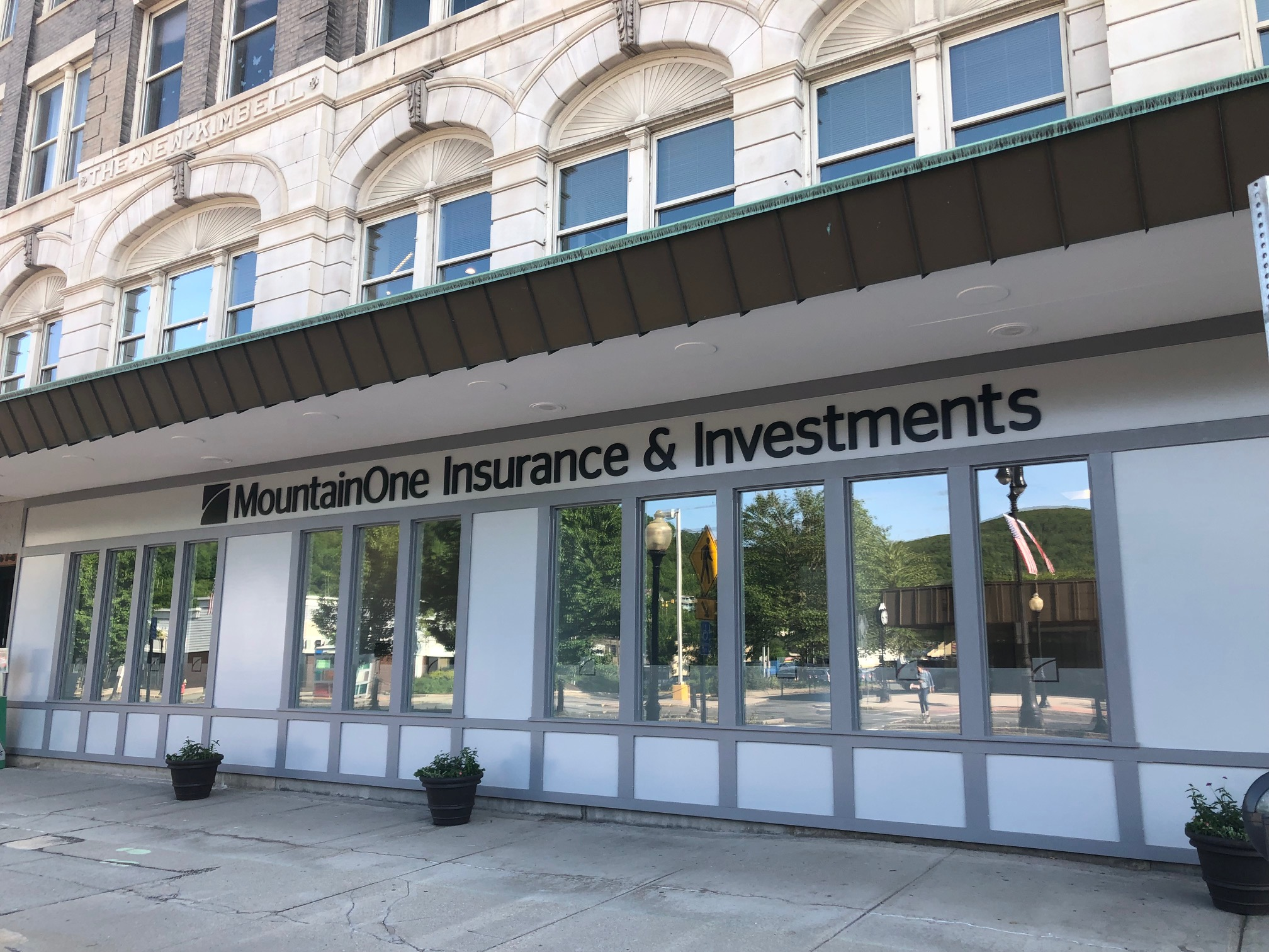 MountainOne Insurance & Investments front facade